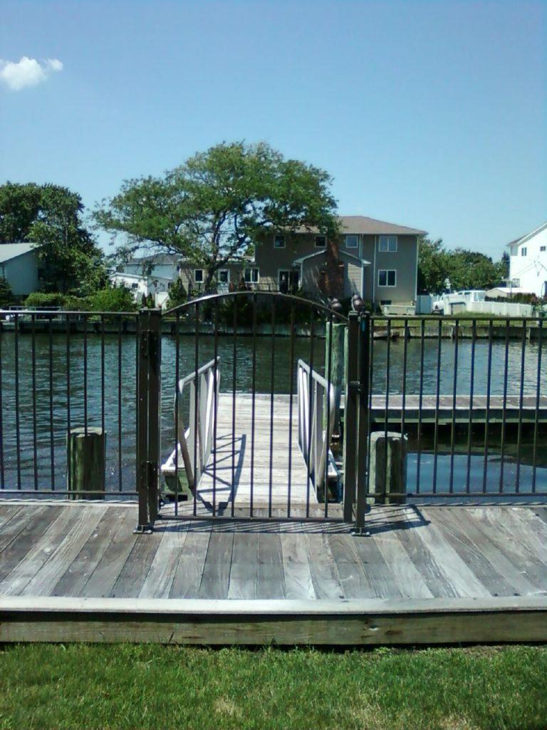 Fence contractor Augusta